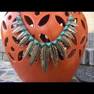Jewelry - Boho Southwest silver turquoise feather necklace